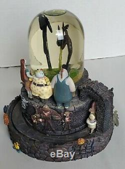 Disney The Nightmare Before Christmas Musical Light up Snowglobe Halloween town