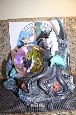 Disney Villains Musical Lighted Snow Globe Ursula Maleficent Jafar Evil Queen