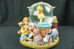 Disney Winnie the Pooh & Christopher Musical Snow Globe Rumbly In My Tumbly