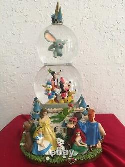 Disney World Castle A Magical Gathering Rare Musical Double Snow Globe