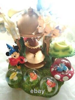 Fantasia Mickey Mouse Music box Snow globe Wizard's apprentice Figure snow dome