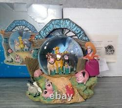 Home On The Range Disney Patch of Heaven Cows SnowGlobe Music Retired Rare + Box