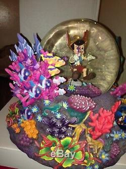 PINOCCHIO UNDER WATER Disney Monstro Sea Snow Globe Music Box Brahms Lullaby