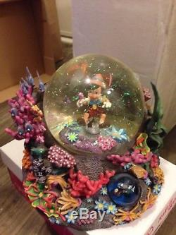 PINOCCHIO UNDER WATER Disney Monstro Sea Snow Globe Music Box Brahms Lullaby