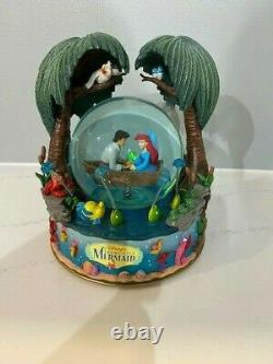 RARE Disney Collectibles Little Mermaid Kiss the Girl Musical Globe Original Box