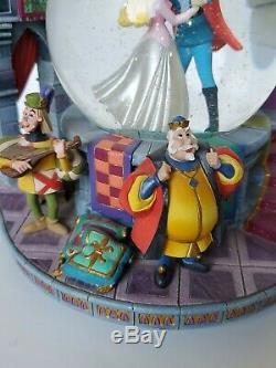 RARE Disney Sleeping Beauty Once Upon The Dream Musical Snow Globe lights up box