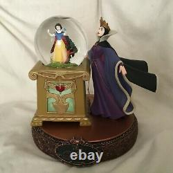 RARE Disney Snow White & Evil Queen VILLAINS Musical Fig SnowGlobes-MIOS