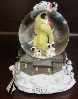 RARE Disney Store 101 Dalmatians Cruella De Vil Villain Snowglobe Music Box