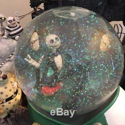 RARE Disney Store Nightmare Before Christmas Large Musical Snow Globe With Box