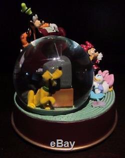RARE Disney World Mickey Mouse Fab 5 Movie Night TV Time Snowglobe Music Box