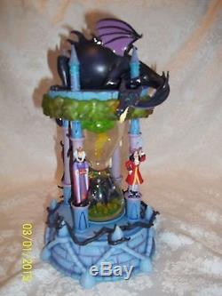 RARE! Walt Disney World VILLIANS Hourglass Snowglobe with lights & music MUST SEE