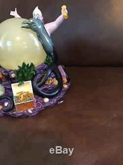 Rare Ursula Music Box Little Mermaid Disney Snow Globe