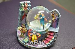 Rare Wdcc Disney Sleeping Beauty Musical Glitter Snow-globe Once Upon A Dream