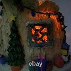 Rare Winnie the Pooh Musical Snow Globe Eeyore Tigger Piglet With Lights