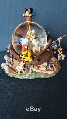 Ultra-rare french Walt Disney Micky and crew ship and island Musical Snow Globe