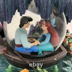 VTG Disney The Little Mermaid Musical Snow Globe Eric Arial Kiss the Girl Scene