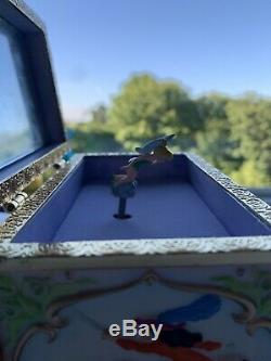 Vintage Rare Disney Collectible Peter Pan Tinkerbell Music Jewelry Box